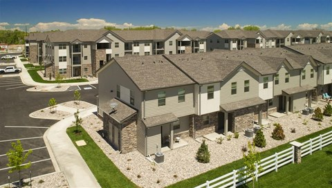 Sophisticated Apartment Living at Pinyon Pointe, Loveland, 80537