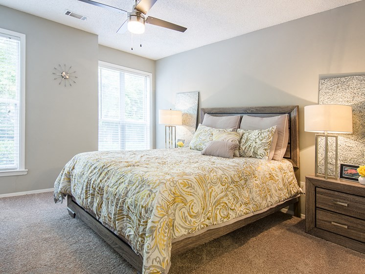 Bedroom at The Addison at Sandy Springs Apartment Homes, Sandy Springs, GA