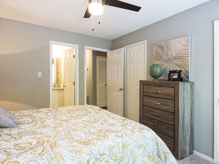 Bedroom at The Addison at Sandy Springs Apartment Homes, Sandy Springs, 30350