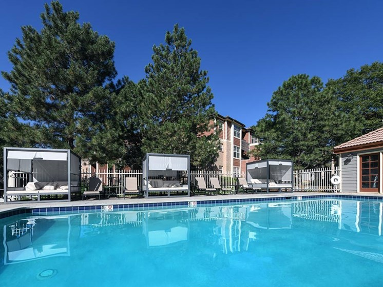 Outdoor Swimming Pool at Verdant Apartment Homes, Colorado, 80303