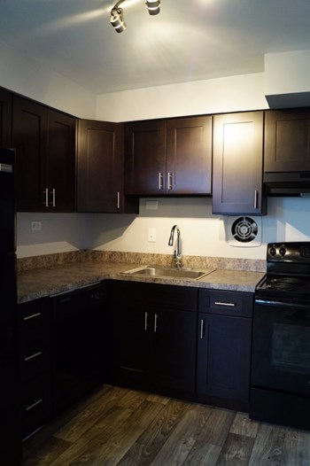 2805 North 47th Street 1-3 Beds Apartment for Rent Photo Gallery 1