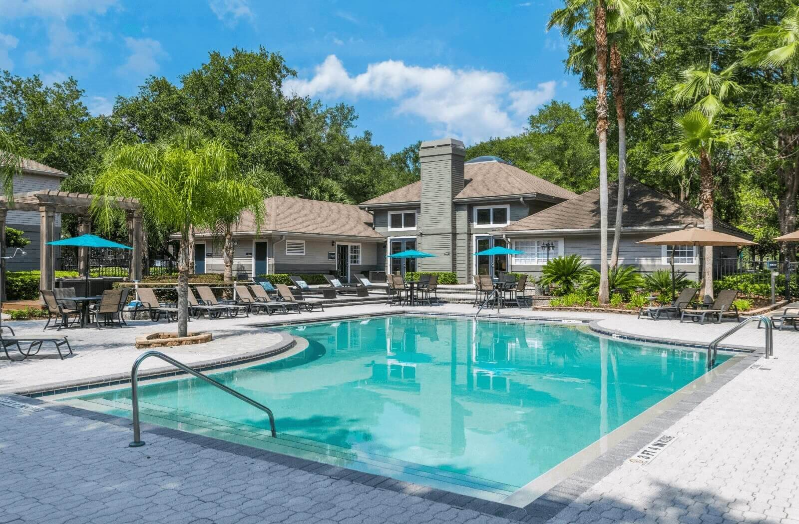 Swimming Pool With Sparkling Water at Bay Club Apartments, Florida