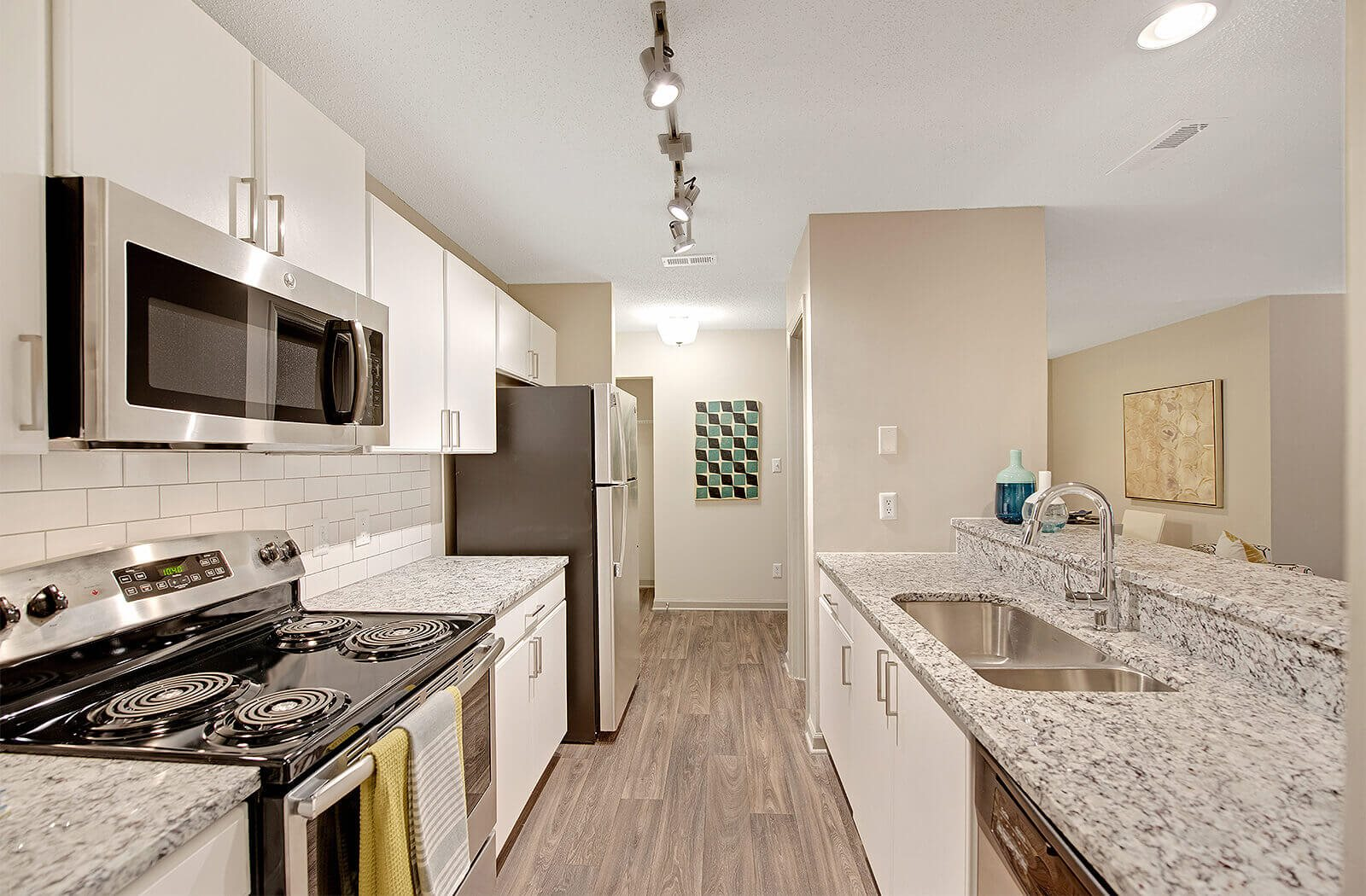 Luxury Apartments for Rent in Chapel Hill, Durham, NC | Crosstown at
