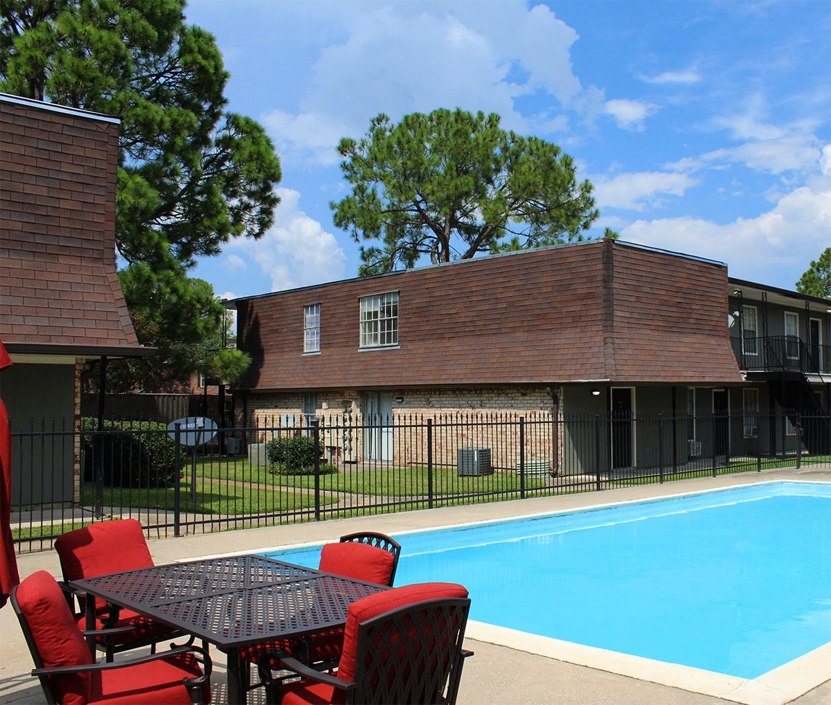 Copper Ridge Aparments Baton Rouge Louisiana Latter and Blum Property Management