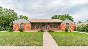 9515 Ash Creek Drive 2 Beds House for Rent Photo Gallery 1
