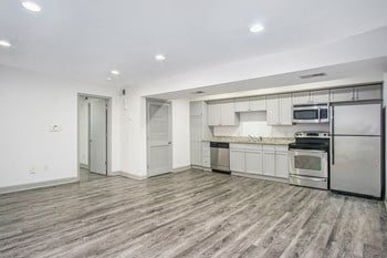 700 34Th Street South 1-2 Beds Apartment for Rent Photo Gallery 1