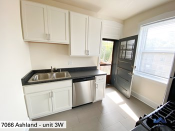 7064-74 N. Ashland Ave. 1-2 Beds Apartment for Rent Photo Gallery 1