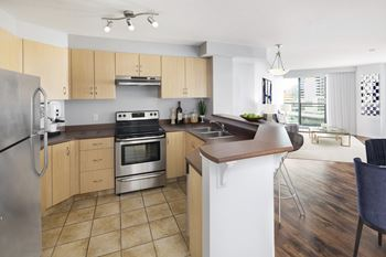 1121 6th Avenue SW 1-2 Beds Apartment for Rent Photo Gallery 1