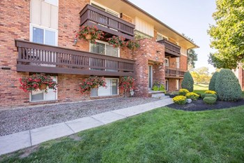 101 Slate Creek Dr 1-2 Beds Apartment for Rent Photo Gallery 1