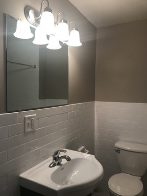 2815 Bathroom