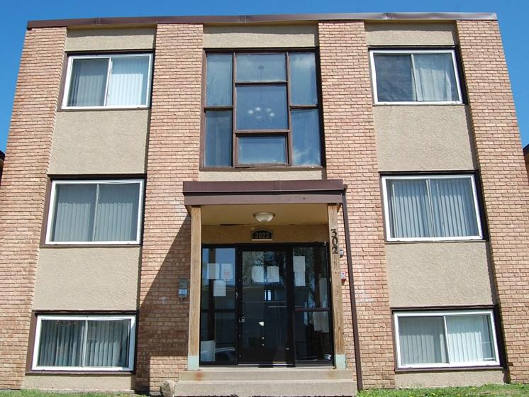 3023 Pleasant Avenue Front Entry