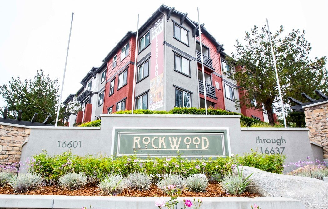 Community Monument Sign l Rockwood at the Cascades Apts in Slymar CA