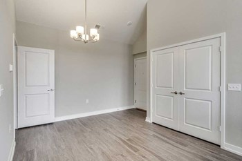 1151 W Normantown Road 1 Bed Apartment for Rent Photo Gallery 1