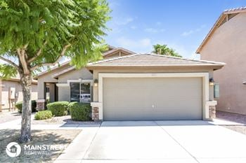 6025 N Karina Ct 4 Beds House for Rent Photo Gallery 1