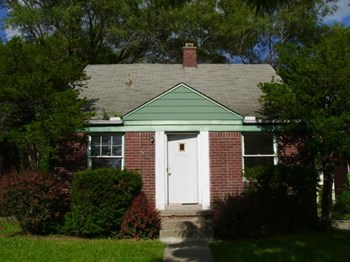 9092 Cloverlawn Avenue 3 Beds House for Rent Photo Gallery 1