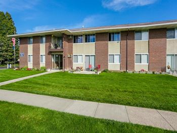 1700 Empire Blvd 1-2 Beds Apartment for Rent Photo Gallery 1