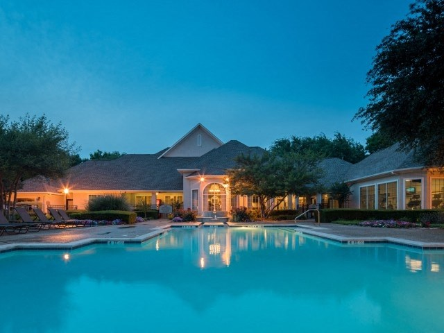 apartments for rent in frisco tx pool