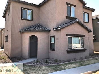 1734 W Pollack St 4 Beds House for Rent Photo Gallery 1