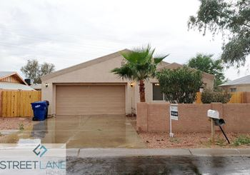 12633 W Warner St 4 Beds House for Rent Photo Gallery 1