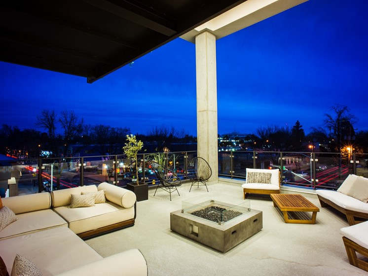 Outdoor Fire Pit and Lounge seating
