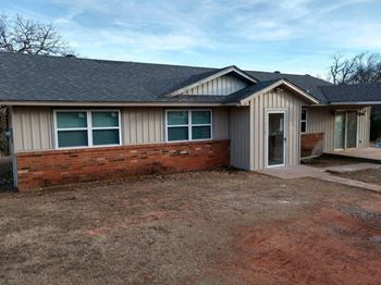 15400 Barton Dr 3 Beds House for Rent Photo Gallery 1
