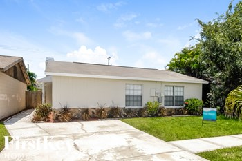 1207 Coolridge Dr 3 Beds House for Rent Photo Gallery 1