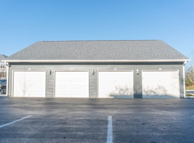 Private Garages Available for Residents at The Shallowford Apartment Homes, Chattanooga, TN 37421