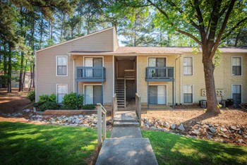 1601 Longcreek Drive 1-2 Beds Apartment for Rent Photo Gallery 1