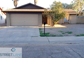 4207 W Christy Dr 3 Beds House for Rent Photo Gallery 1
