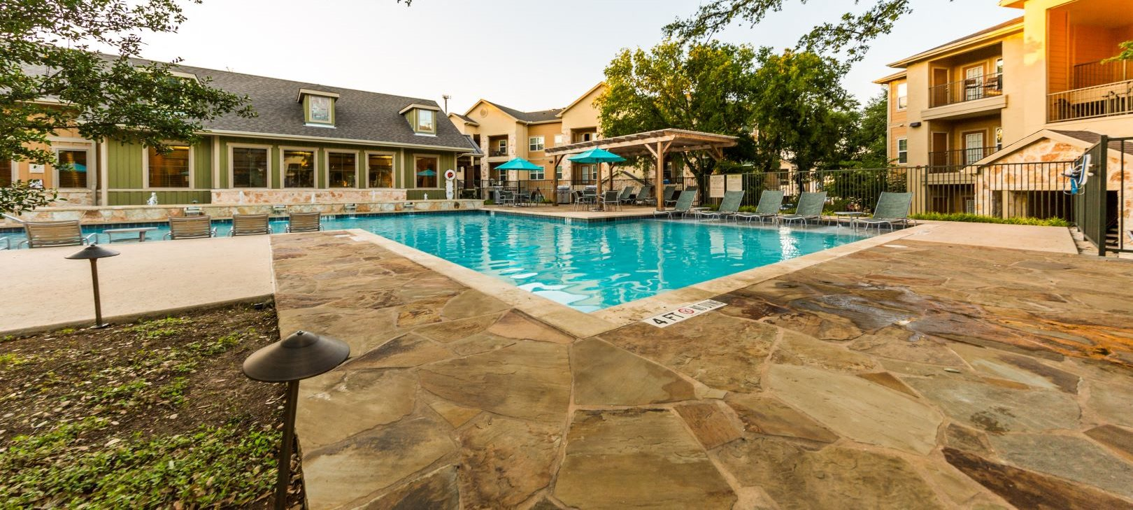 apartments with a pool in san antonio tx