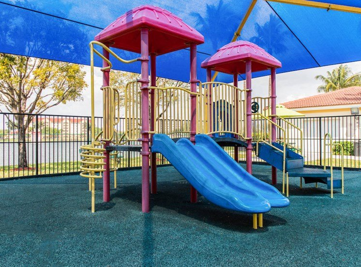 modern covered playground at Crystal Lake Apartments