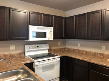 8023 Green Meadow Court 3 Beds Apartment for Rent Photo Gallery 1