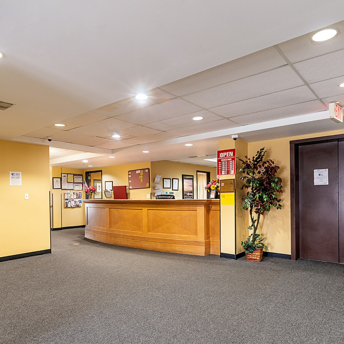interior leasing office front desk_Booth Manor Apartments St. Louis, MO