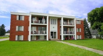 2520 E County Rd F & 4020, 4030, 4040 Bellaire 1 Bed Apartment for Rent Photo Gallery 1