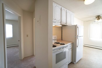 2520 E County Rd F 2 Beds Apartment for Rent Photo Gallery 1