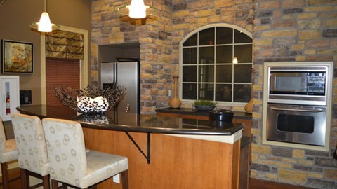 Providence at Prairie Oaks Apartments| Clubhouse