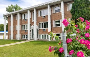 434 & 446 English St / 1351, 1361, 1376 Conway 1-2 Beds Apartment for Rent Photo Gallery 1