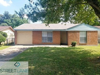 11015 Southview St 3 Beds House for Rent Photo Gallery 1