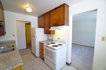 2280 Priscilla St 1-2 Beds Apartment for Rent Photo Gallery 1
