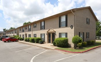 1616 E Alameda St. 1-2 Beds Apartment for Rent Photo Gallery 1