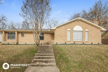 207 Point Royal Dr 4 Beds House for Rent Photo Gallery 1