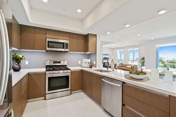 1115 South Cardiff Avenue 2-3 Beds Apartment for Rent Photo Gallery 1