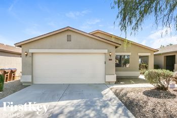 1023 E Desert Moon Trl 3 Beds House for Rent Photo Gallery 1