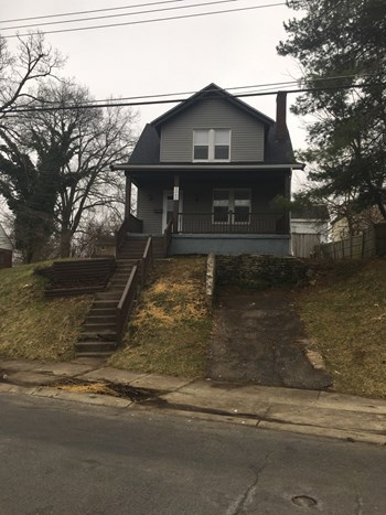 1260 Mckeone Ave 2 Beds House for Rent Photo Gallery 1