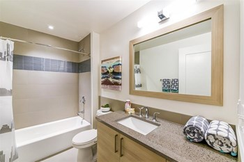 880 New Jersey Ave SE Studio-3 Beds Apartment for Rent Photo Gallery 1