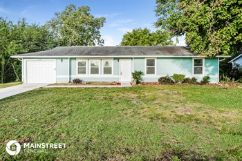 1206 NE 5th Pl 3 Beds House for Rent Photo Gallery 1