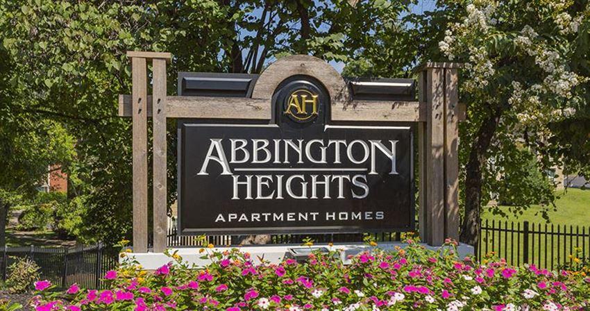 Abbington Heights entrance sign