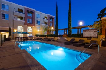 9423 Reseda Boulevard 1-2 Beds Apartment for Rent Photo Gallery 1