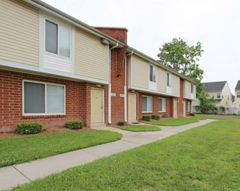 512 Featherstone Ct. 1-2 Beds Apartment for Rent Photo Gallery 1