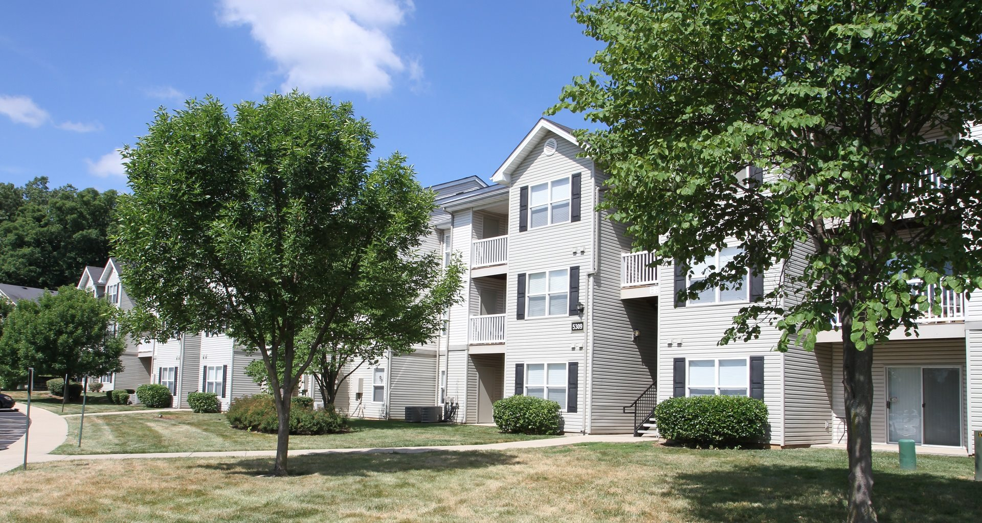 Lakewood Apartment Homes